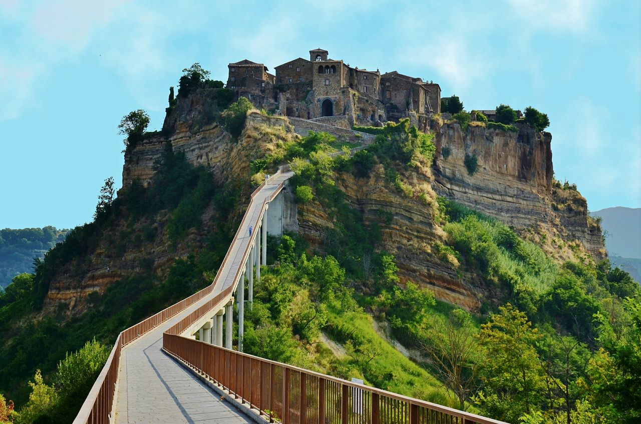 Civita di Bagnoregio, Italy Civita Di Bagnoregio Italy Italia History Travel Destinations Architecture Travel Built Structure Rock - Object Ancient Old Ruin Tree Castle Cloud - Sky Protection Tourism Sky Day Building Exterior Low Angle View Outdoors Mountain Ancient Civilization Neighborhood Map