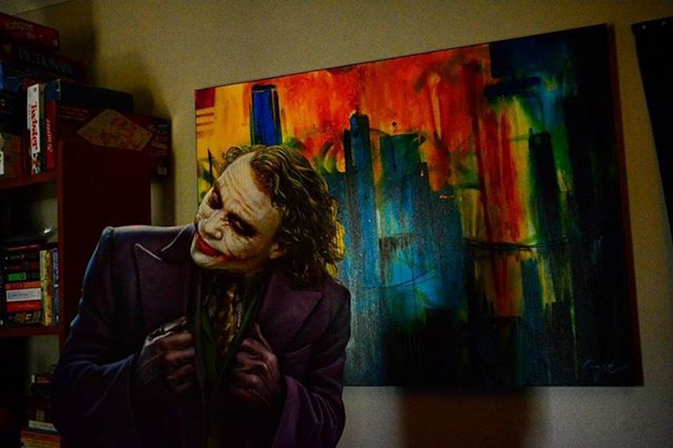 Look who stopped by to check out one of my paintings..Toyonlocation Toy_nerds CardboardCutOut Thejoker Thedarkknight Batman DC Comics Comiccon Cosplay Photooftheday Abstractart Artist Paint Customart Toyphotography Toyart