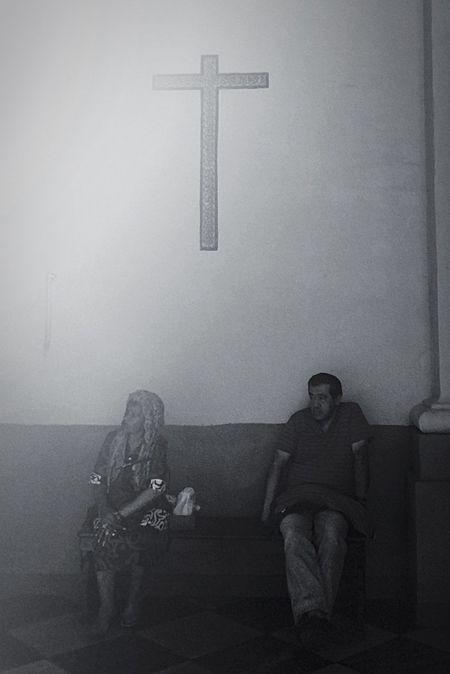 Fotografia Foto Photgrapher Journalist Peru Journalism Streetphoto Photo Photography Devotion Blackandwhite Streetphotography True Religion Catedral Lima-Perú