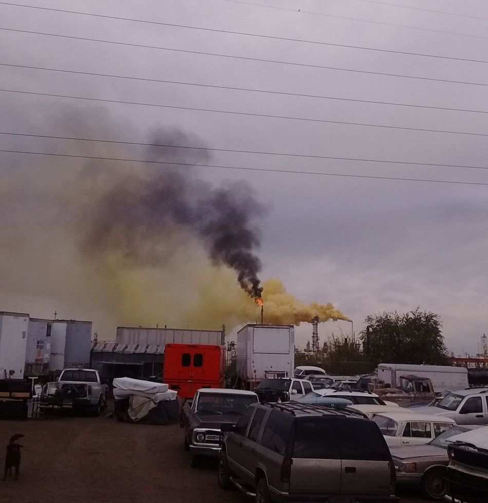 "2016 Suncore Refinery ""Yellow Plume"" Commerce City, Colorado ENVIRONMENTAL HAZARD as it was happening. 911 Cloud - Sky Day Denver Colorado  Emergency Emitting Environmental Issues Epa Factory Fumes Help Industry Land Vehicle Mode Of Transport Outdoors Pollution Question Service Dog Sky Smoke - Physical Structure Smoke Stack Transportation"