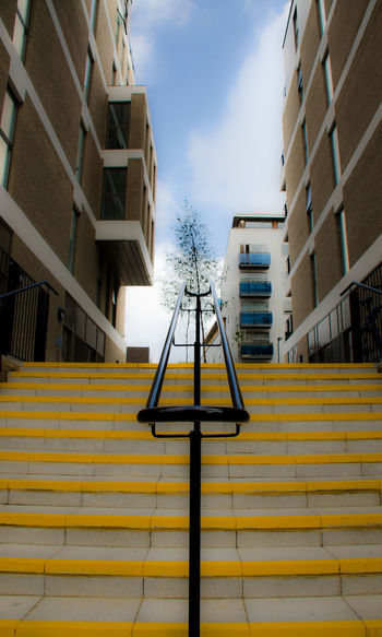 Architecture Building Built Structure Gebäude London Low Angle View Residential Building Stairways Treppe Paint The Town Yellow