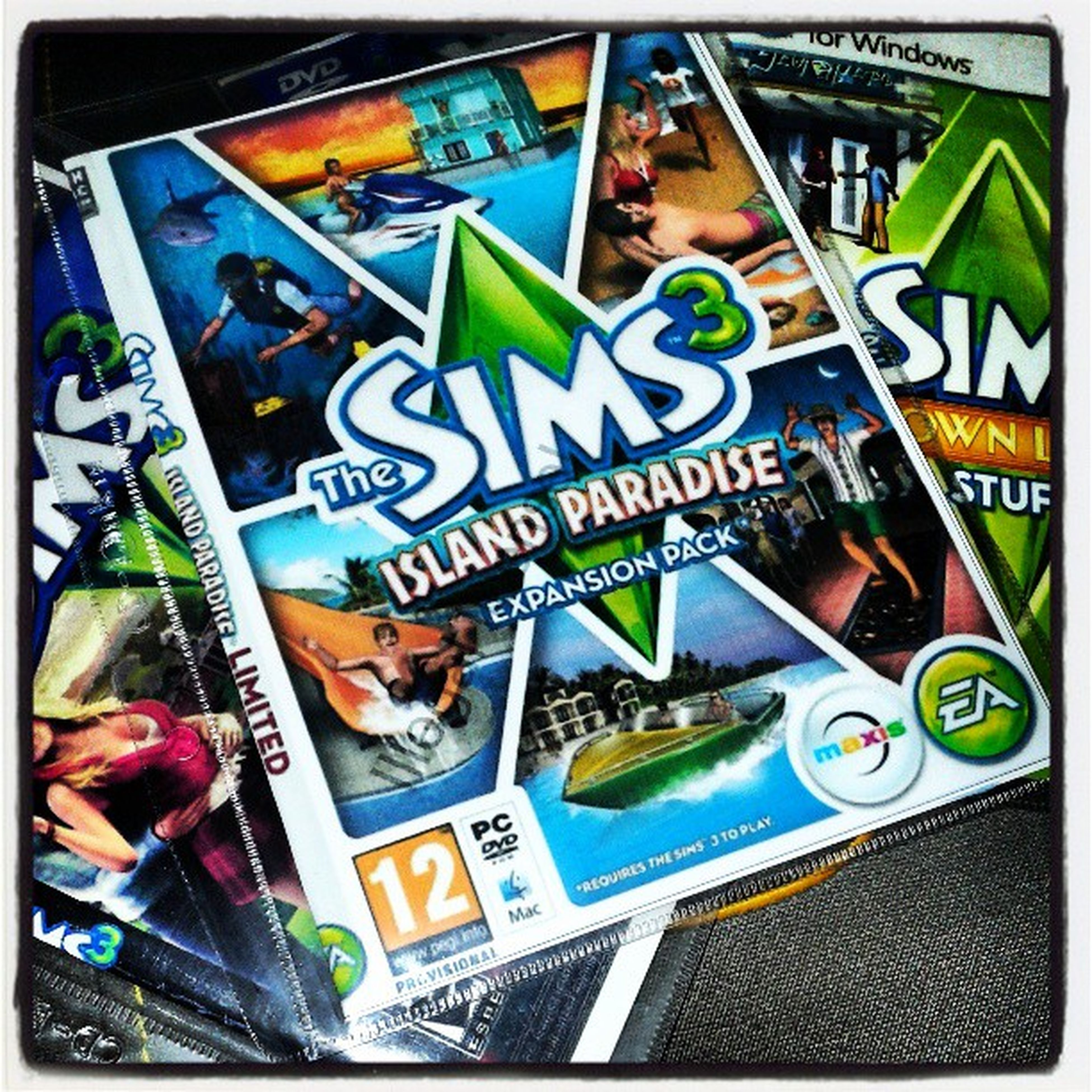 Installing this game for @i6322 .. Thesims3 Paradisoisland Gameaddict