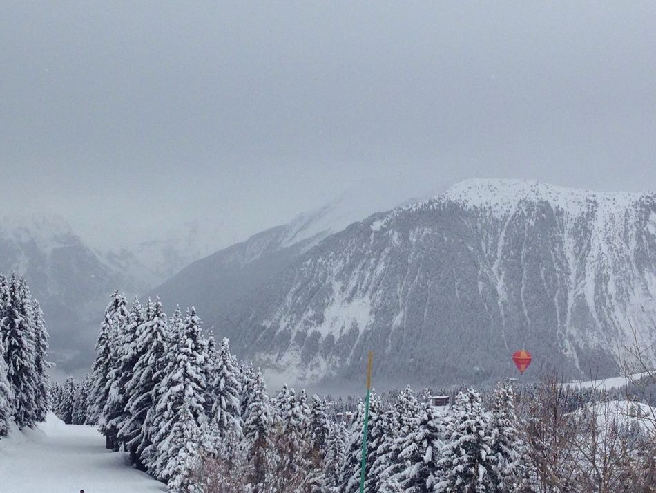 Hot air ballon over the slopes Hotairballoon Snow Slopes Meribel France
