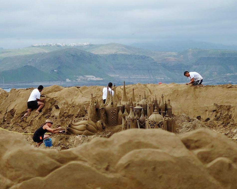 Sand people. Sand Sandcastles Sand & Sea Sand Art Sand Engineering Building
