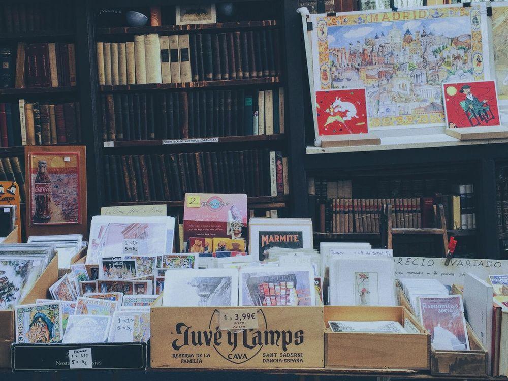 Books Bookstore Booklover Bookshelf Bookworm Book Store Bookshop Book Collections Street Streetphoto Business Store Outdoors Vintage Shopping