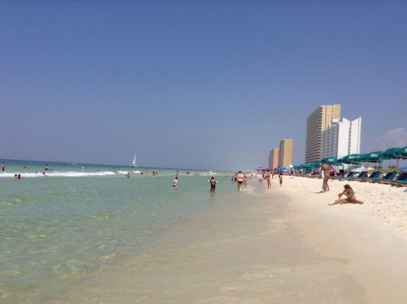 Beach In Love Never Wanna Leave