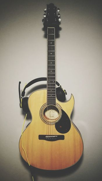 Music Guitar Arts Culture And Entertainment Musical Instrument Musical Instrument String Classical Guitar Indoors  No People Jazz Music Day Accoustic Guitar Mix Yourself A Good Time Headphones Headset The Week On EyeEm