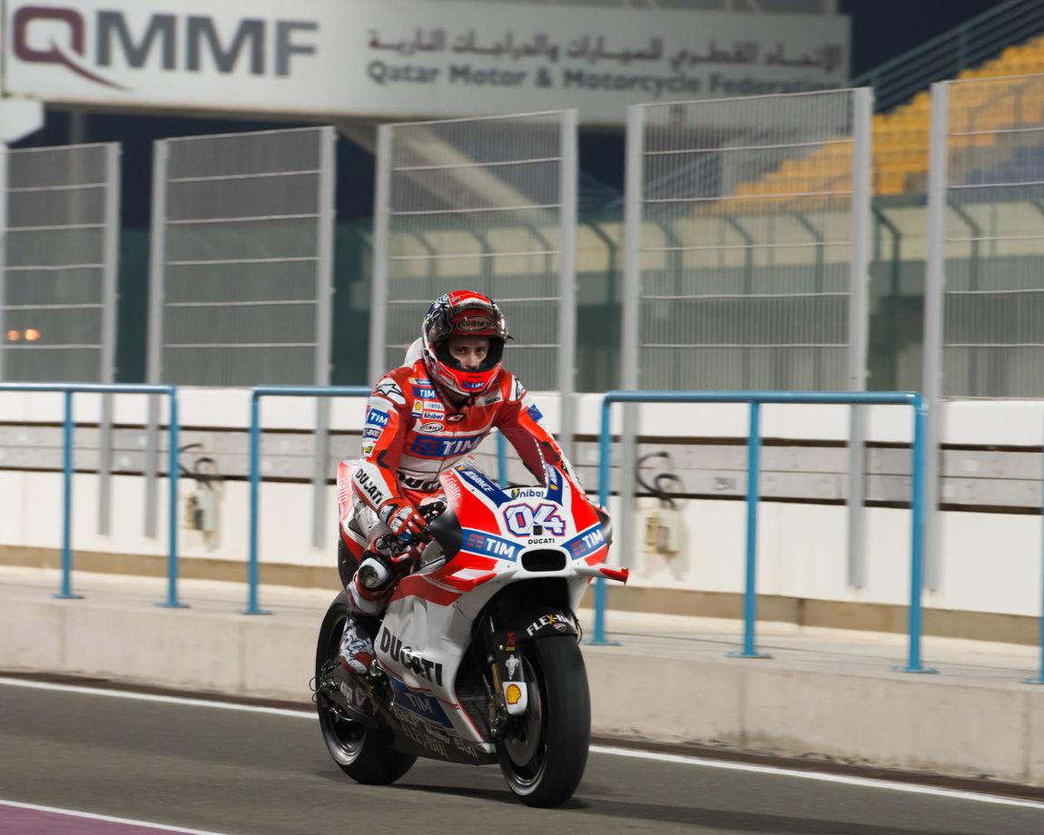 MotoGP final preseason testing under way at Losail International Circuit Andreadovizioso LosailCircuit Motogp MotoGP2016 Motorcycles Motorsportsf1 Preseason Qatar Racing Test Winter