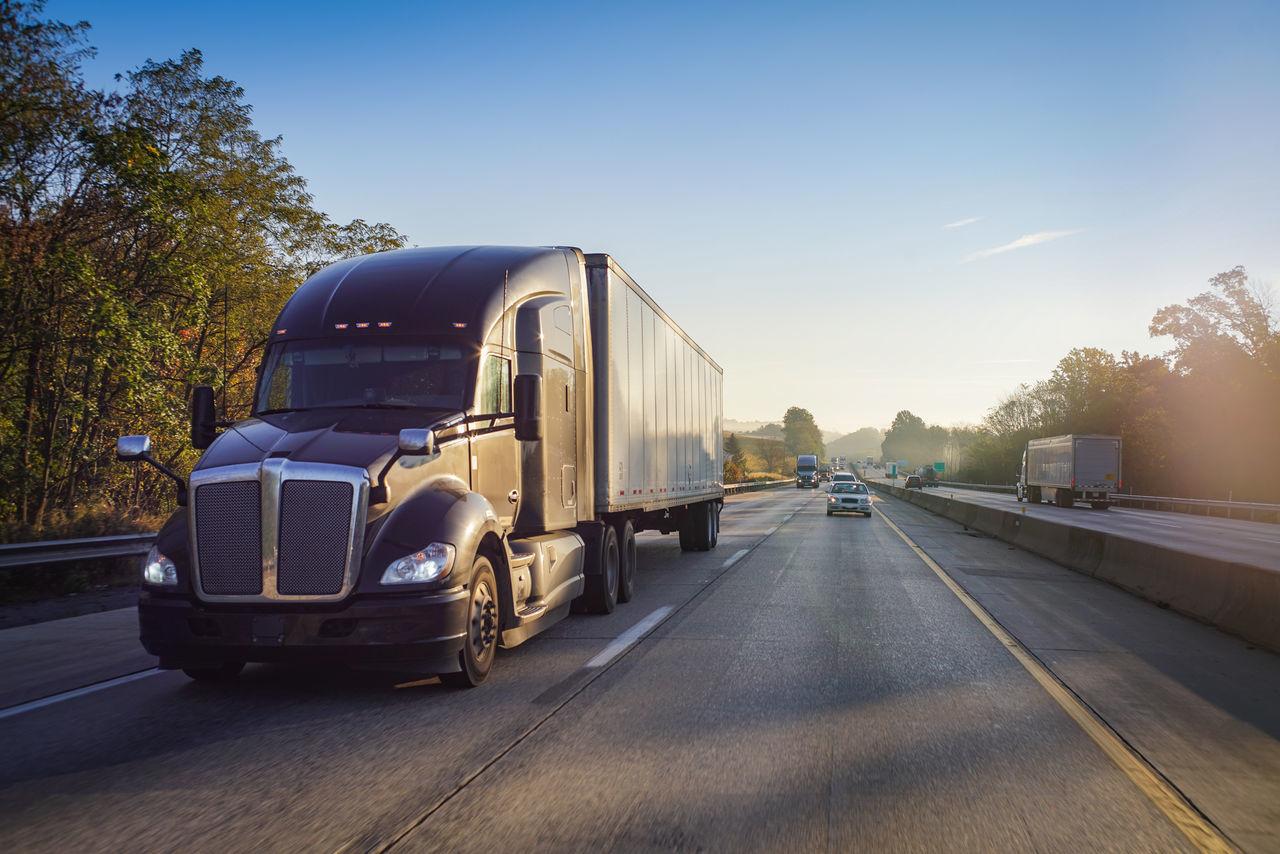 18 Wheeler Big Rig Logistics Freeway Freight Transportation Highway Sunrise Supply Chain Tractor Trailer Trucking Truckinglife Turnpike