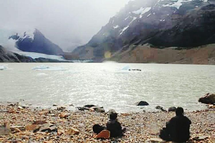 Recargando energia para volver del paraiso. Lake Lake View Stones Sitting Relax Break Time Magic Moments Paradise Nature_collection