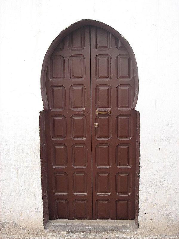 Architecture Close-up Couleur Foncée Day Door Entrance Maron No People Outdoors Porte