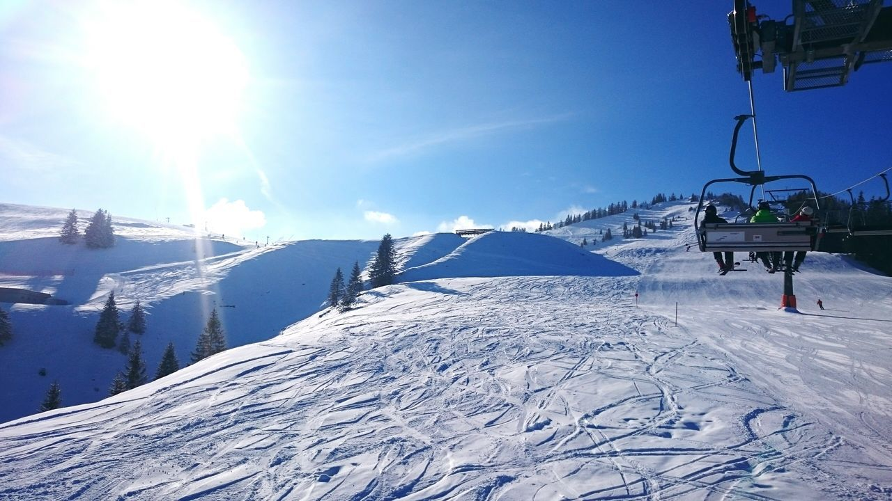 Handyphoto Snapshot Snow Montain  Skiing Skiing Region Sudelfeld Sunshine Magnificent Sunshine Bavaria Winter Ski Lift Nature Sky Landscape Cold Temperature