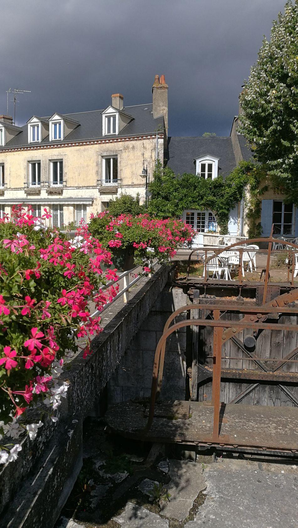 Architecture Flower Canal D'Orléans Combleux Storm And Sun