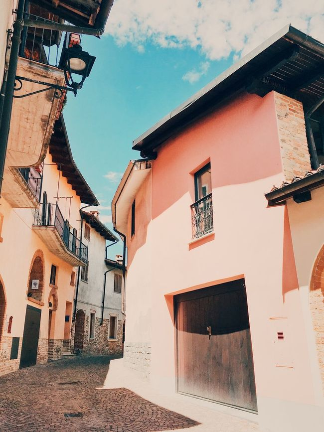Narrow streets, Italy. Blue Sky Building Exterior Colorful Buildings Colour Contrast Italian Architecture Italian Town Italian Towns Low-angle Shot Narrow Street No People Pink Wall Shadows Summer Town TOWNSCAPE