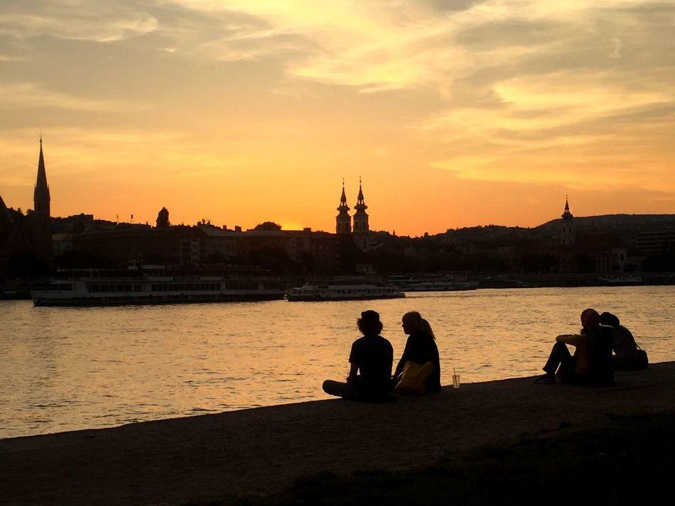 Atardecer Hungaro Hungria Hungary Hungarian Sunshine Travel Photography Backpacking Backpackers Martoland