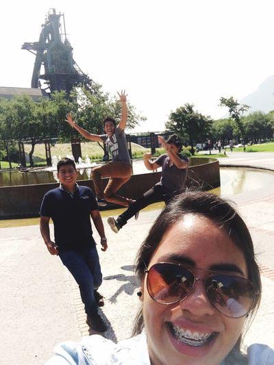 Friends Smile Good Times Goodroad Monterrey