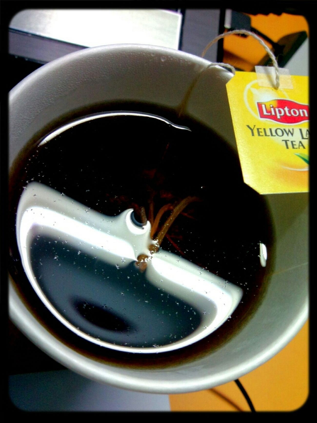 lipton+al-quds tea leaves!! Such a perfect combo!! Thanks buddy for preparing this marvellous tea =)
