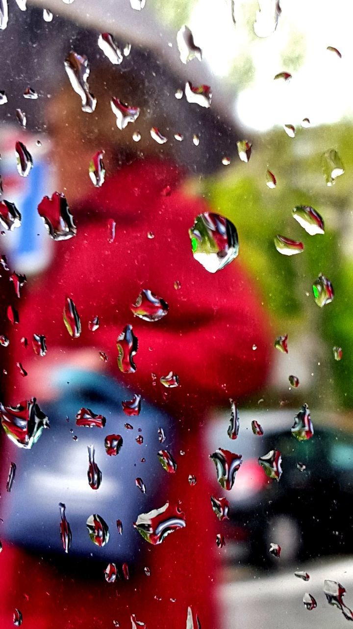 drop, red, wet, land vehicle, water, no people, full frame, close-up, indoors, day
