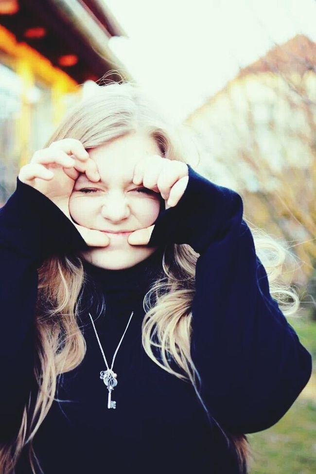 Me Portrait Leonie Filter Narime thx dear cousin!