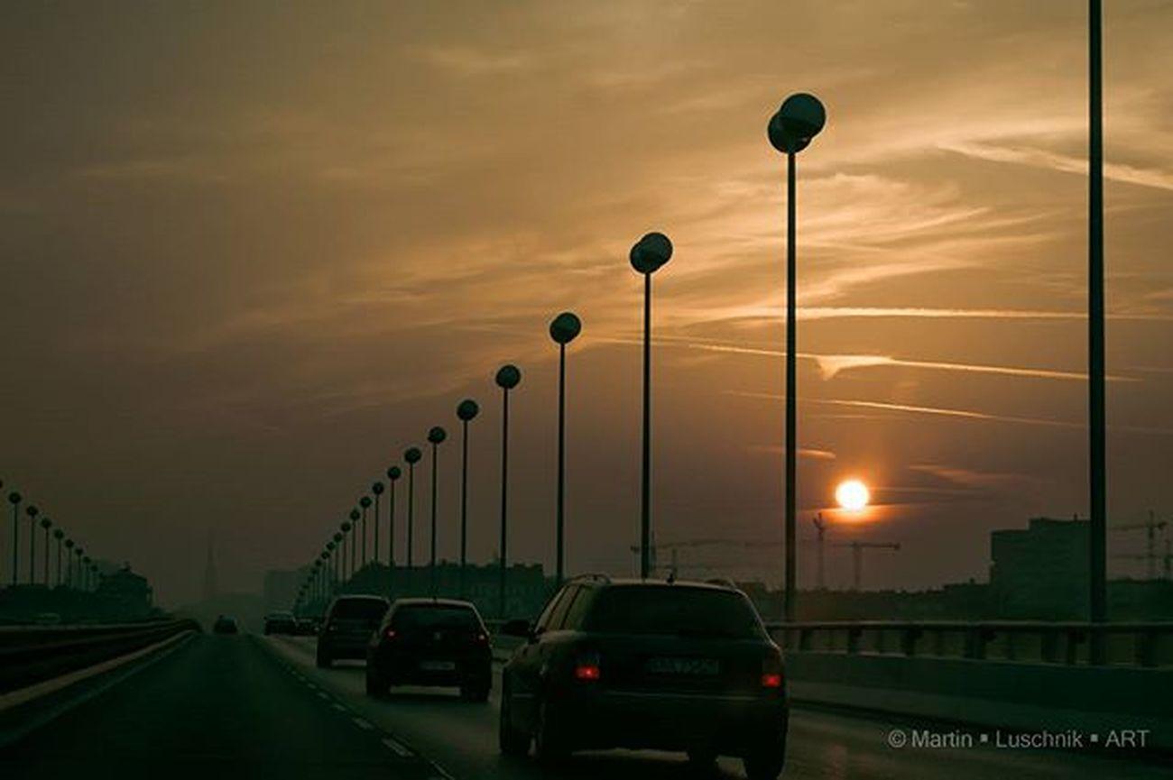 Vienna Sunset Outofcar Reichsbrücke