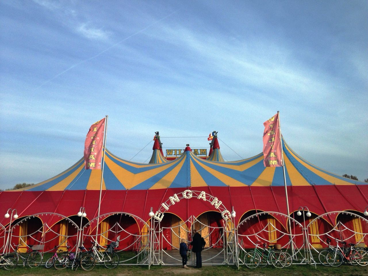 Circus, Circus Pantone Colors By GIZMON The Purist (no Edit, No Filter) Mobilephotography.de