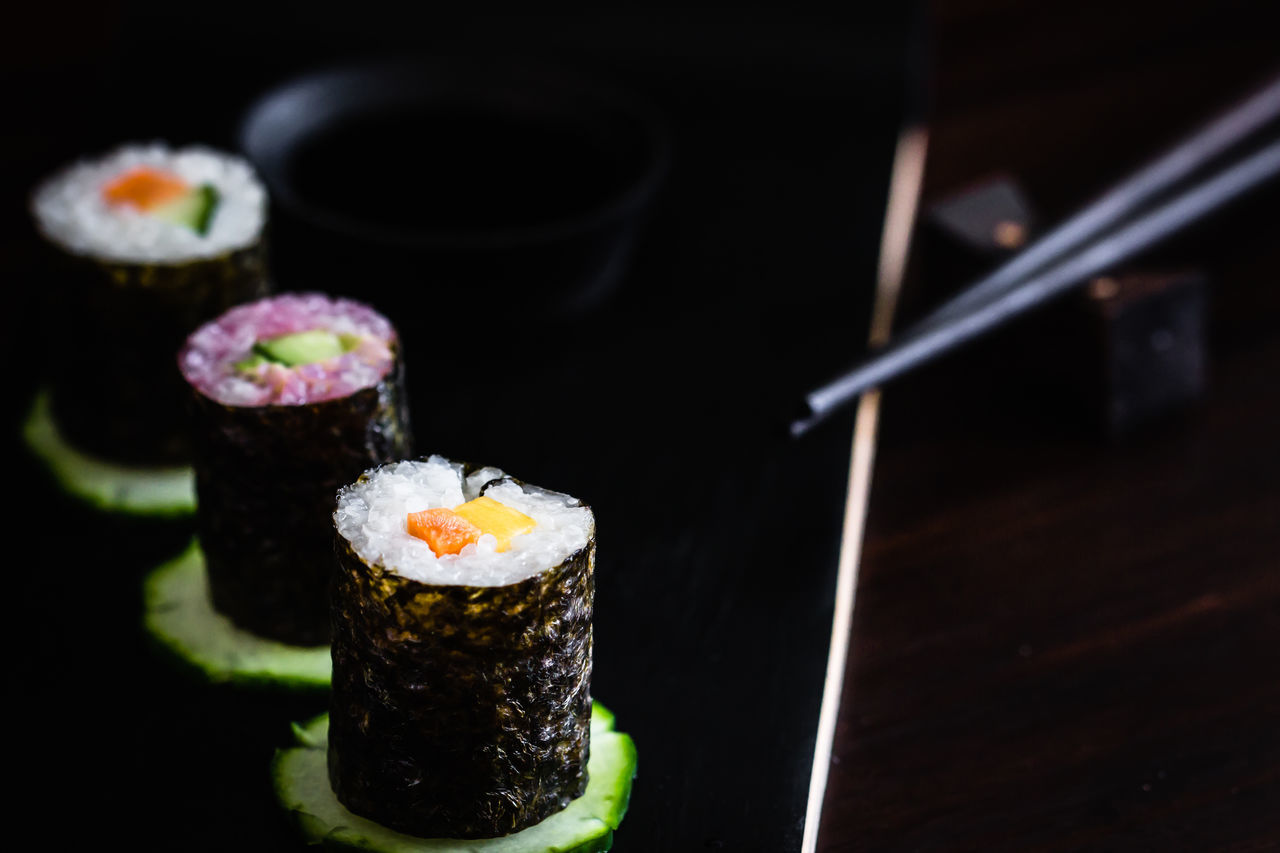 vegan sushi Chopsticks Close-up Day Focus On Foreground Food Food And Drink Freshness Healthy Eating Indoors  Japanese Food No People Ready-to-eat Sushi Vegetable Vegetables