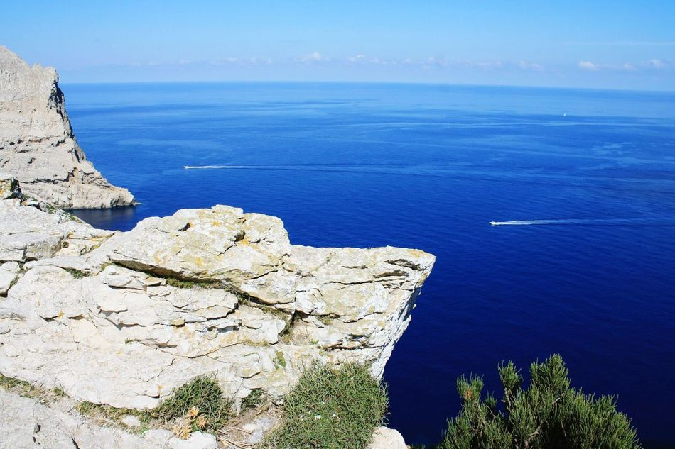 cap Sea Rock - Object Cliff Coastline Outdoors Scenics Beauty In Nature Nature Sky Day People Adult Motorboats Wide Horizon EyeEmNewHere Traveling From Above World Looks Smaller Tourism Mallorca SPAIN Blue Water Cliffview Summer Views Cap Formentor Syncronicity Flying High