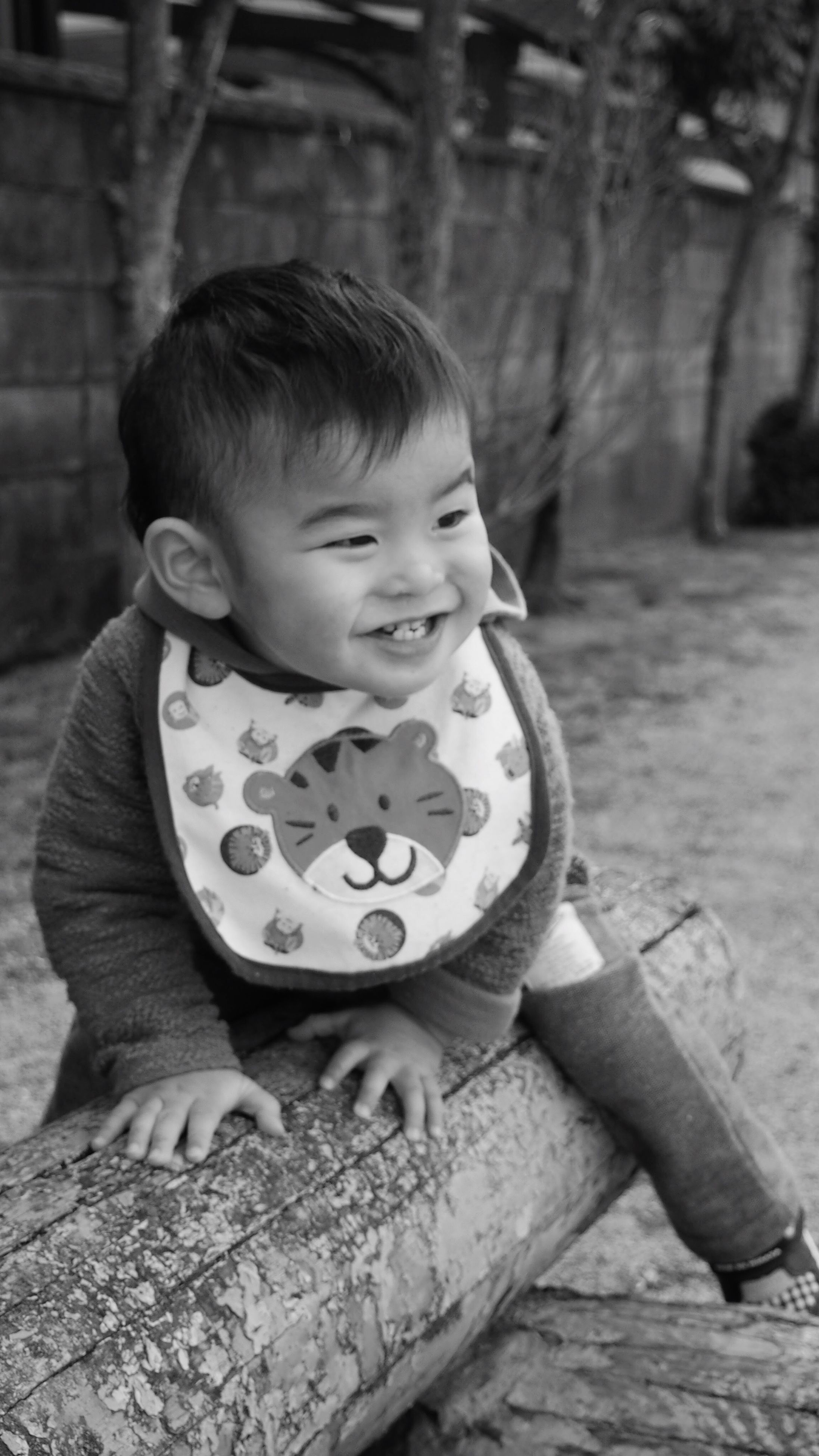 childhood, elementary age, innocence, boys, person, cute, girls, lifestyles, leisure activity, casual clothing, focus on foreground, preschool age, full length, happiness, playful, playing, toddler, front view