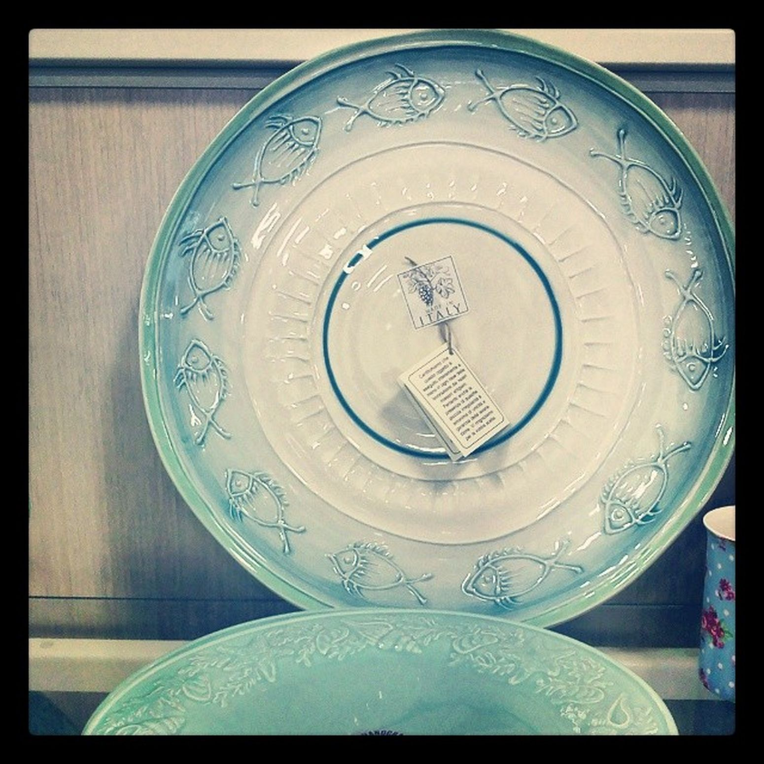 Dying for this Home Goods plate, as much as someone can die for a plate. Lust Interiordesign Couer Ocean