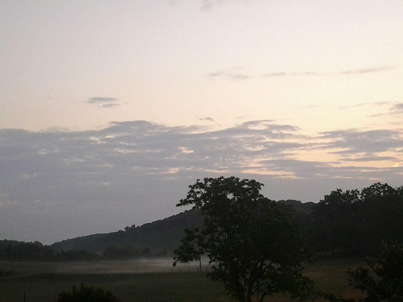 Beautiful stock photos of sunrise, Cloud, Field, Landscape, Nature
