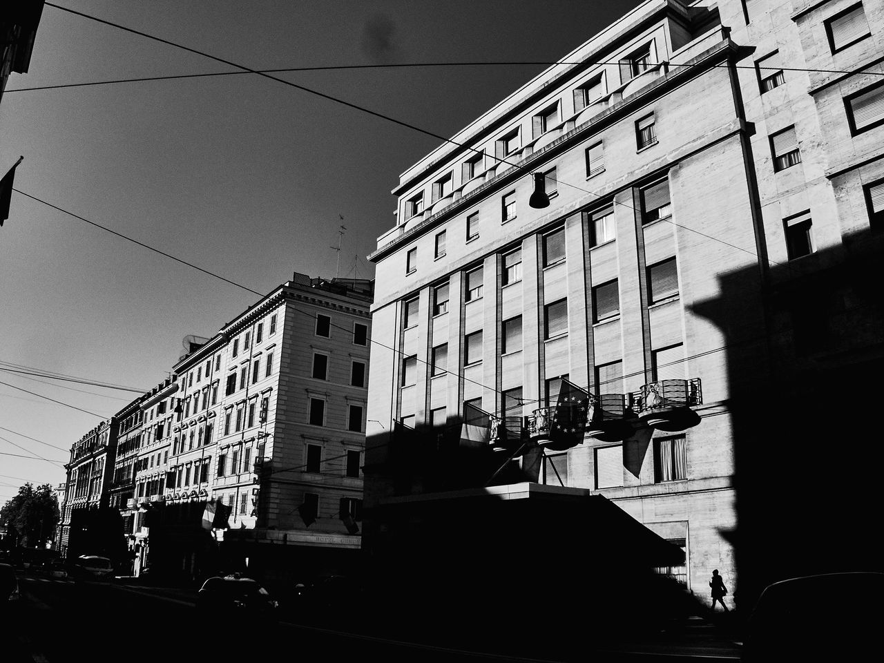 Rome 2016-17 Costangelo Pacilio www.costangelo.com CostangeloP on FB, Instagram Architecture Blackandwhite Building Exterior Built Structure City Colosseo Colosseum Compact Digital Camera Contrast Costangelo Day Italy Metafisica No People Outdoors People Residential Building Roma Rome Silhouette Sky Streetphotography Surreal Surrealism Transportation