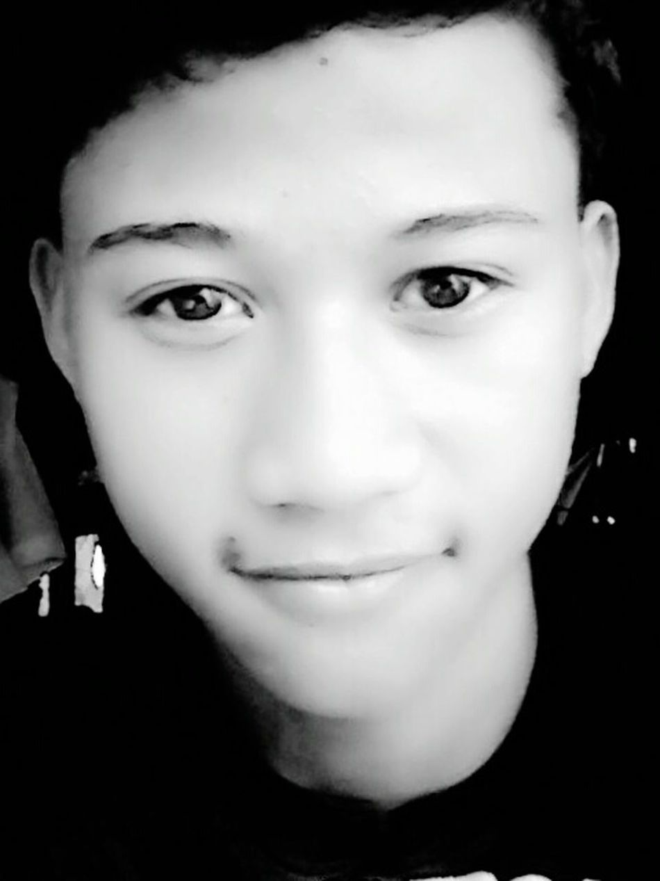 Selfie pag may time. * ) First Eyeem Photo
