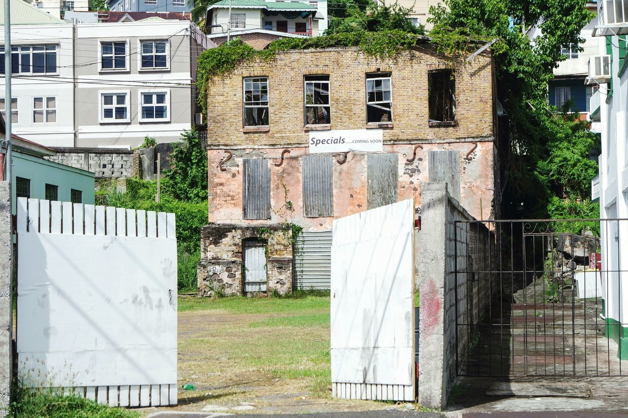 Coming soon... In Grenada Architecture Built Structure Building Exterior Outdoors Laundry Day No People Drying EyeEm Best Shots Open Edit Eye4photography  Fresh 3 Architecture Beauty Of Decay Decay_nation Urbexphotography Urbexexplorer