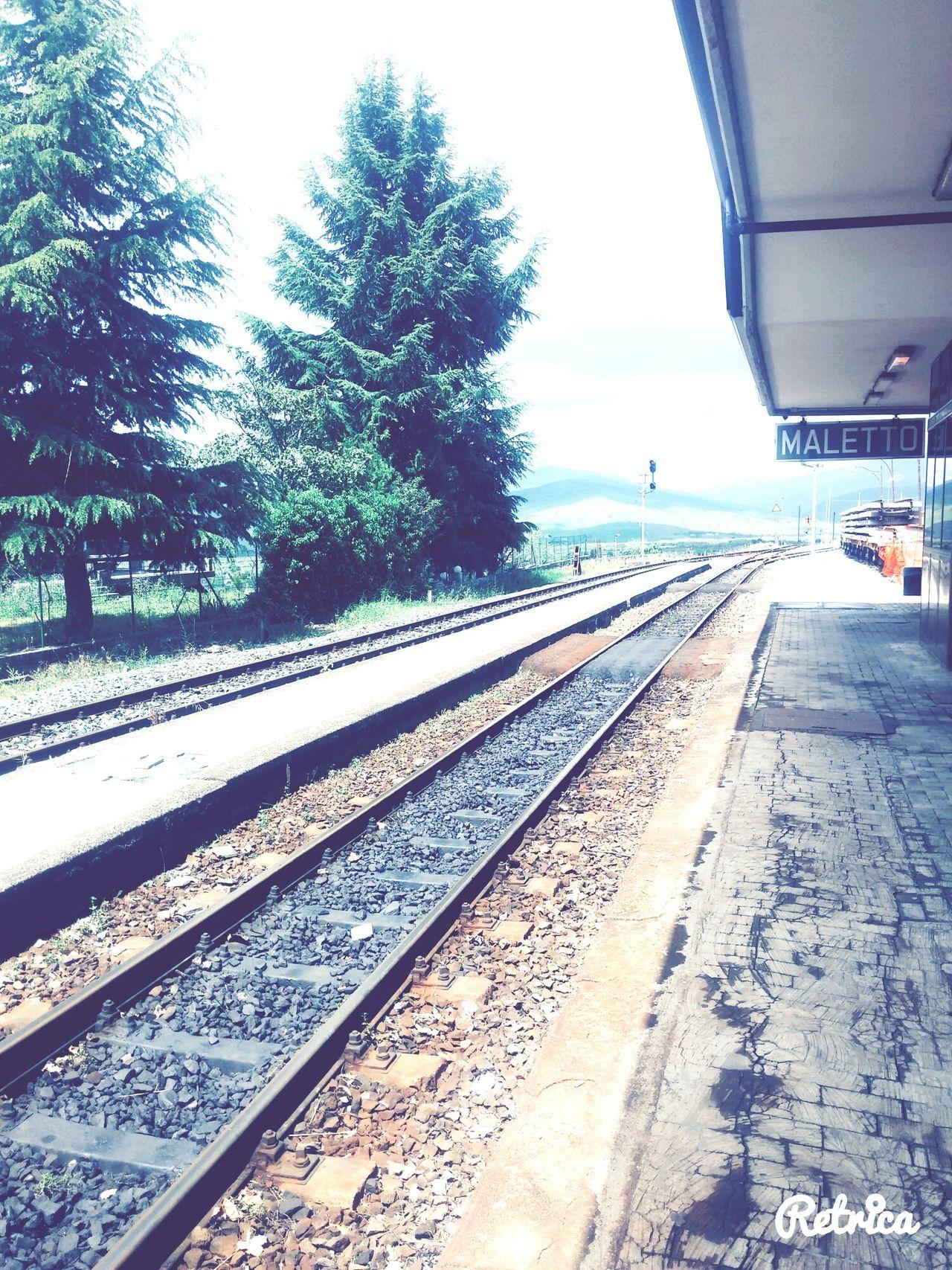 Ferrovia Stazione Vento Nuvole Natura Maletto Etuttoilmondofuori Dopoesserearrivati Rilassante Ilsilenzio