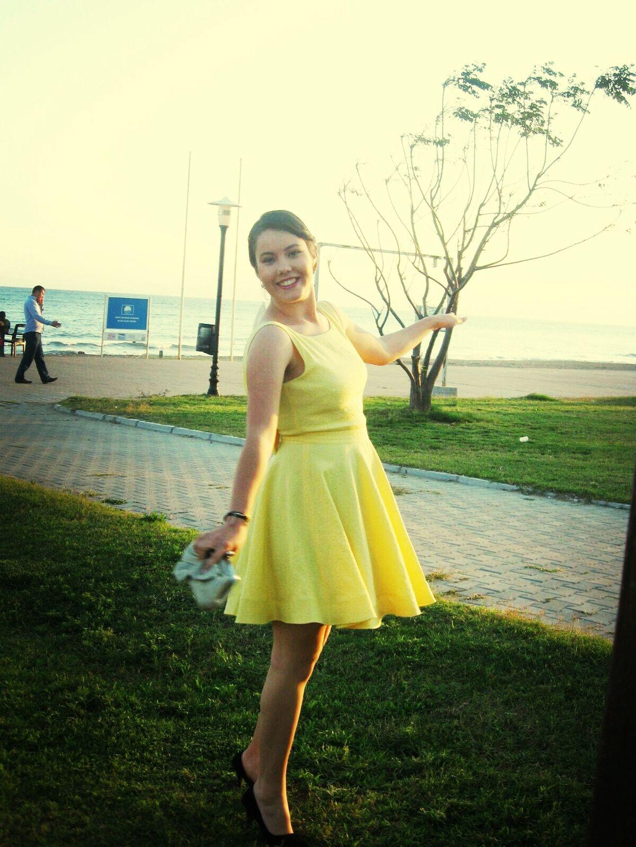 Sarı Yellow Gençlik Heyecanı Antalya-belek eglenceli bir yaz günüydü ;)