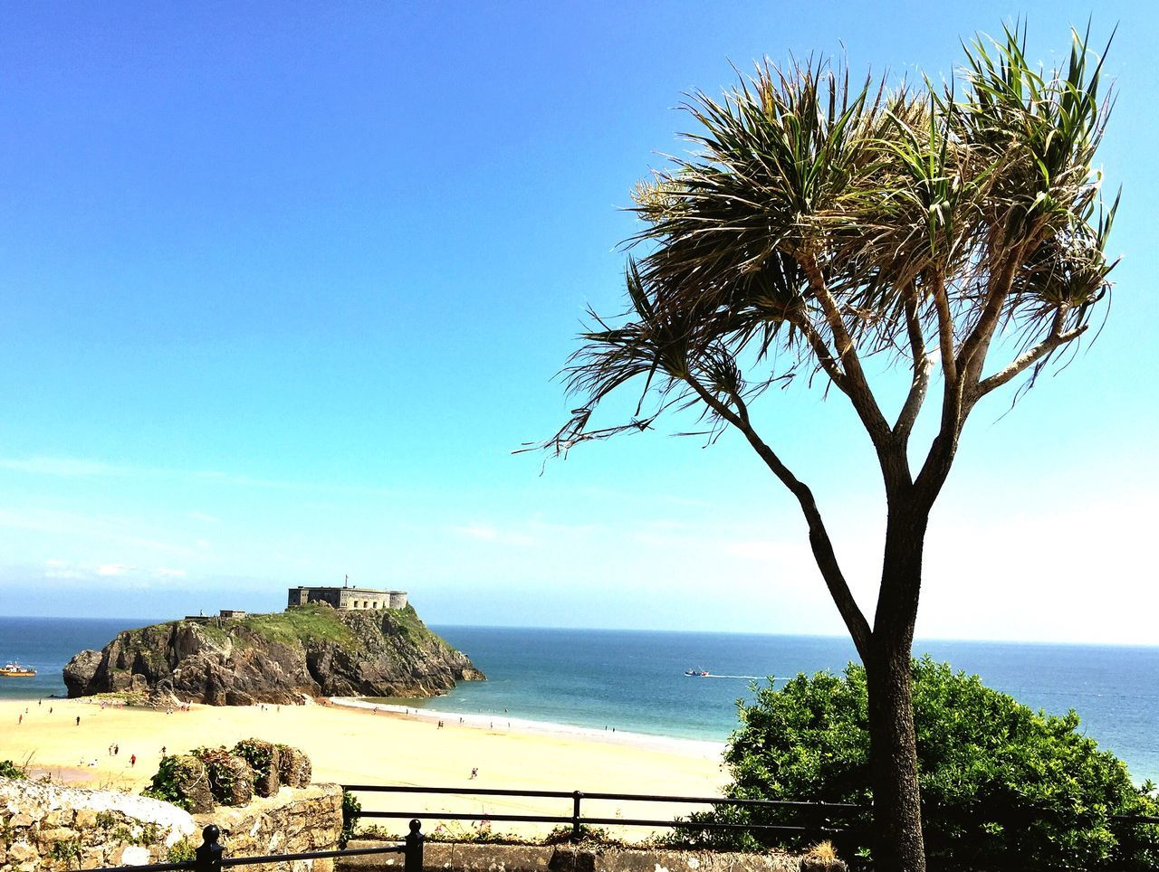 Beautiful Tenby in Pembrokeshire, UK Relaxing Enjoying Life Beauty In Nature Summertime Pembrokeshire The Essence Of Summer IPhoneography Looking Out To Sea. Ocean View Pembrokeshire Coast Tropical Sea And Sky The Great Outdoors - 2017 EyeEm Awards