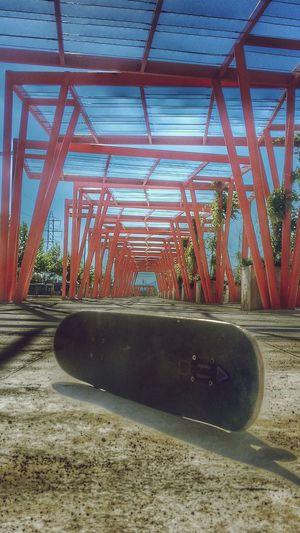 Vanishing Point Skateboarding Skate Relaxing DeporteExtremo  Postal Day Out Dia Urban Geometry