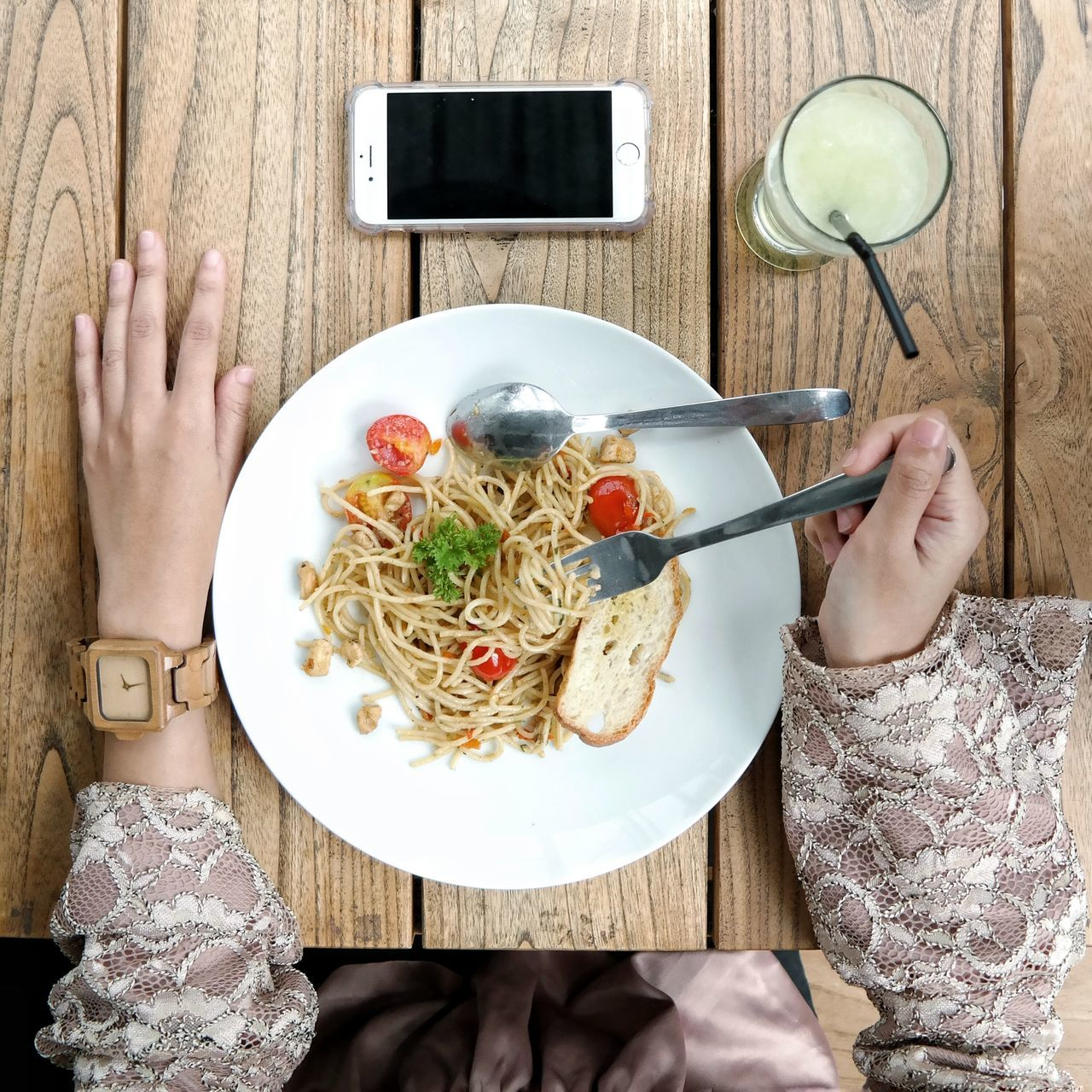 Human Body Part Human Hand One Person Holding People One Woman Only Table Food And Drink Food Adult Adults Only Plate Indoors  Only Women Directly Above Healthy Eating Italian Food Fork Real People Women On The Table Flatlay EyeEm Best Shots EyeEmNewHere Eyeemphoto