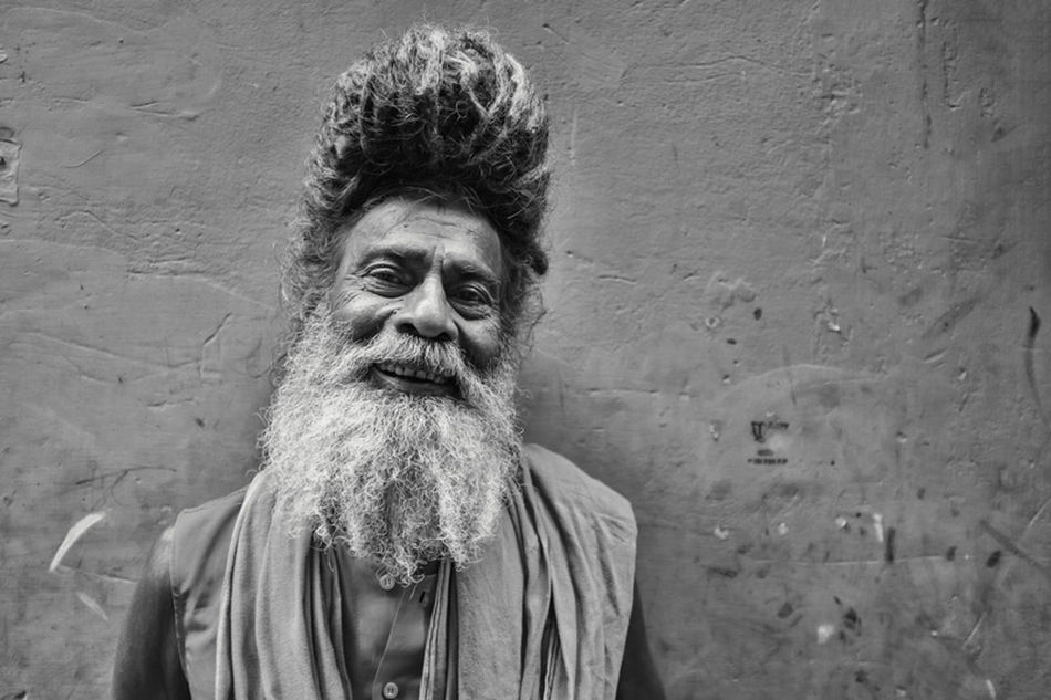 What I find so fascinating about this city and what I never understood when fellow travelers told me this as an advise: you just get lost here in these narrow streets. I could start at the same point every day and one different turn holds so many possibilities. Like this Baba I ran into. Monochrome Portrait Traveling Shootermag