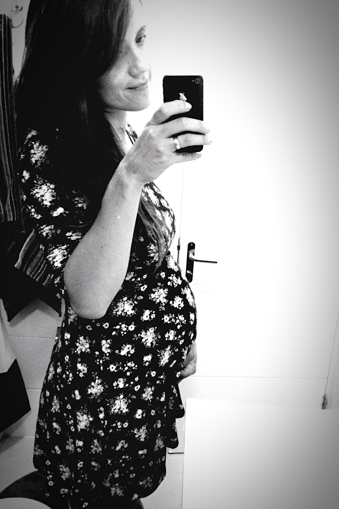 35 Weeks  Hello World Babyonboard Resist Bestrong Sweetlove Black&white