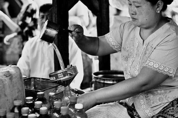 Oksk Mingalarmarket Photopackers Myanmar Nyaungshwe Inle Lake