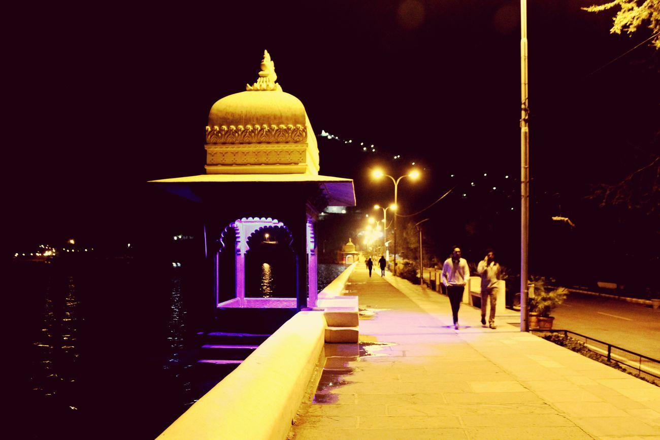 Serene nights like these! :) Udaipur_dairies Lakefatehsagar Calmness Nightwalks Serenity Beautiful Day EyeEm First Eyeem Photo