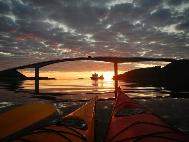 Sunset Water Reflection Scenics Tranquil Scene Sea Tranquility Idyllic Beauty In Nature Dramatic Sky Kayaking Reflections In The Water Atlantic Road Paddling Kayak Kayaker Outdoors Norway Visitnorway Watersports Averøy Majestic Sunbeam