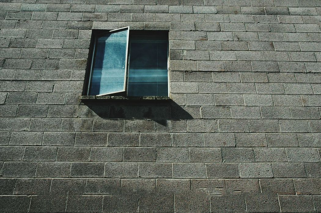 Window Simple Photography Simple Moment Simple Things Simple Moments Simple Things In Life Simple Life Building Structure Clean Place