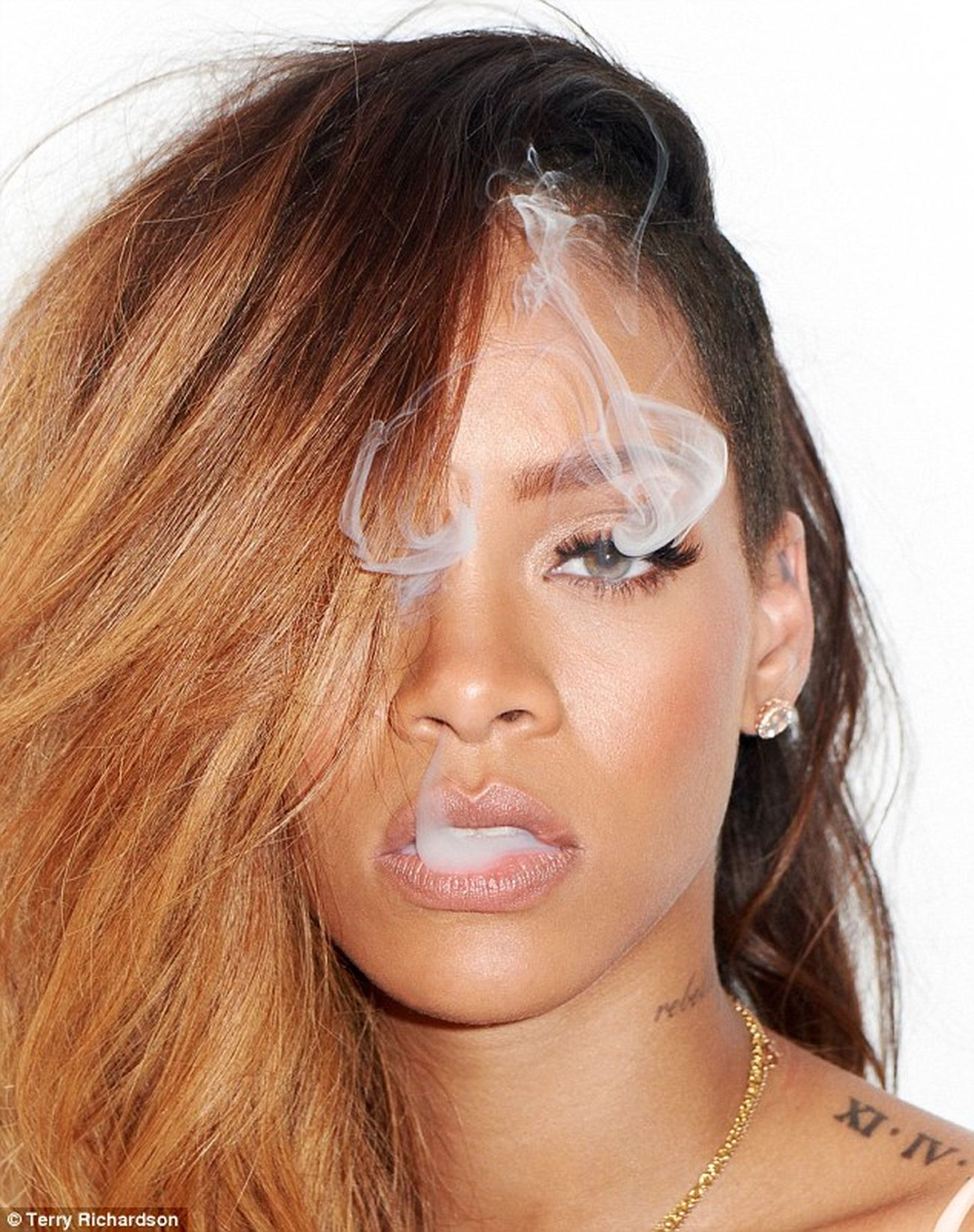 Rihanna ❤❤❤ Love ♥ Best  My Favorite Singer