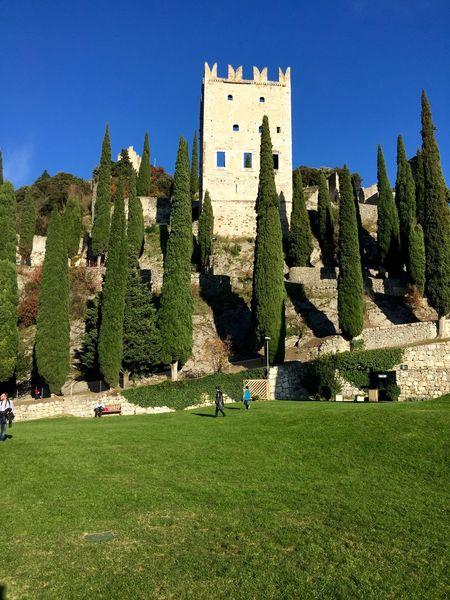 Castle Enjoying The Sun Traveling Enjoying Life Sunday