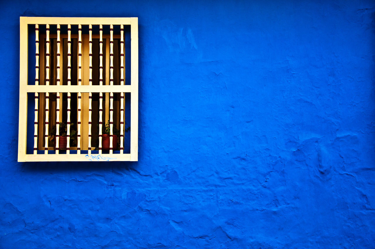 Beautiful stock photos of mauer, Architecture, Blue, Bogota, Building Exterior