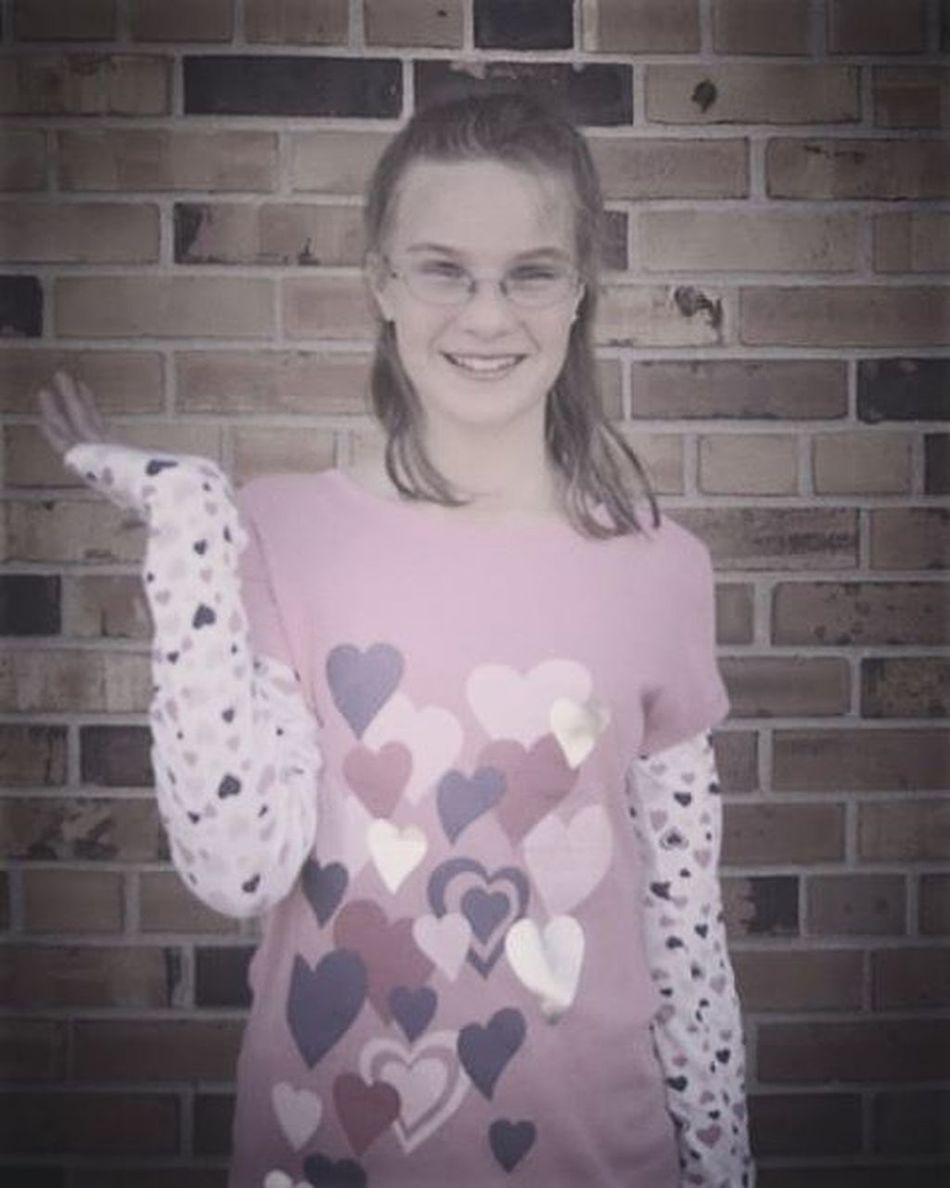 MonstrosityMonday look at young middle school me. Fuck. Thank God for puberty. Me Littleme Younger Monday Gross ThankGod Pubertydidmewell