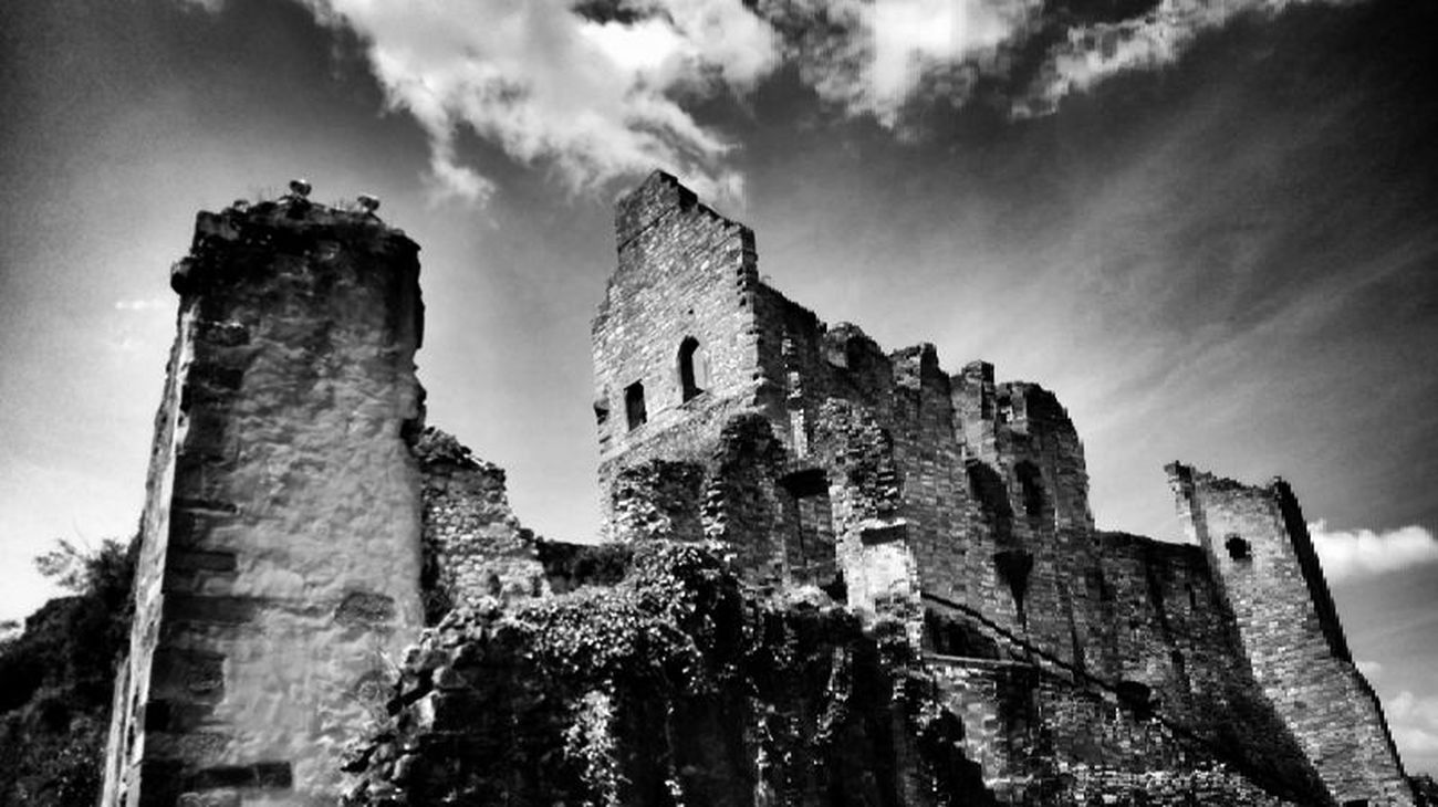 Blackandwhite Monochrome Bw_collection Eye4black&white  Nature Ancient Civilization No People Architecture Old Ruin History Castle Black&white Darkness And Light Old Buildings