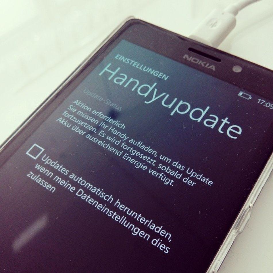 Ei was kommt denn da?? Windowsphone8punkt1 Windowsphone WP81 Update nokia lumia 925 lumia925
